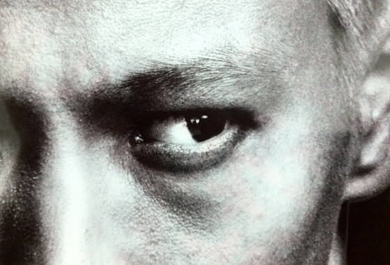 マックでもらった本田選手のクリアファイル。たしかに目がバーガーっぽい。