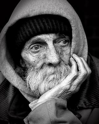※こいつ老人に見えるけど、実は若いんだぜ…なんて言われちゃう。