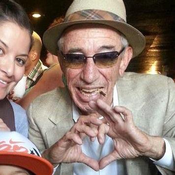 70歳でクラブ通い伝説のおじいちゃん亡くなる 映像がまじでかっこ良すぎ!
