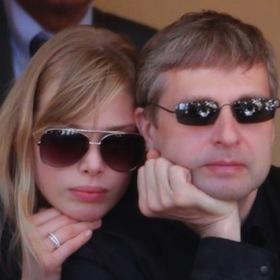 世界一高い慰謝料4600億円 フォーブス長者番付147位が離婚訴訟で