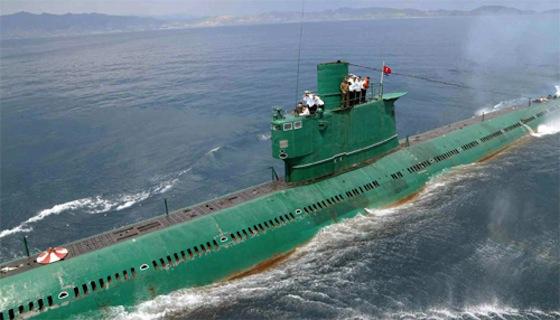 ※北朝鮮・労働新聞が発表した潜水艦写真。