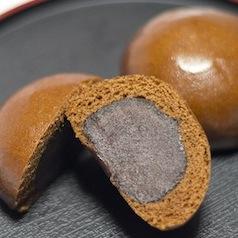 全国のおみやげ菓子は全て同じ会社が製造 どれも味が似てる衝撃の理由