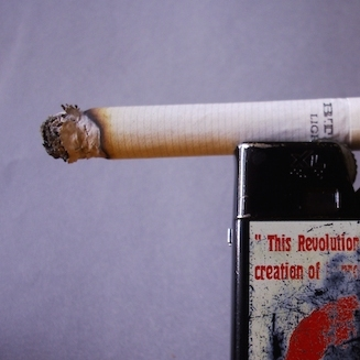 タバコ会社、肺がん死亡男性に2兆円賠償 天文学的金額で遺族が勝訴