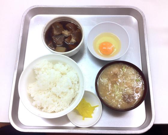 ※東京最強「煮込み定食」