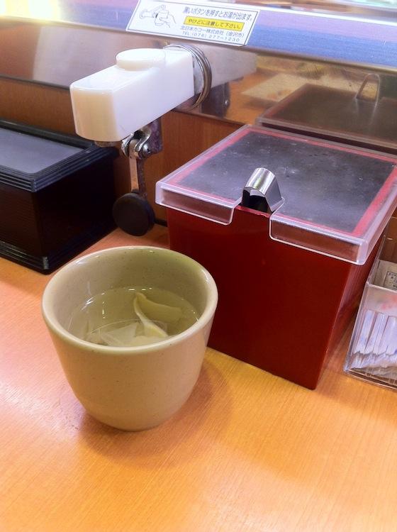 ※回転寿司ではこの風邪の特効薬はタダ!(※ちゃんと他の商品も食べましょう)