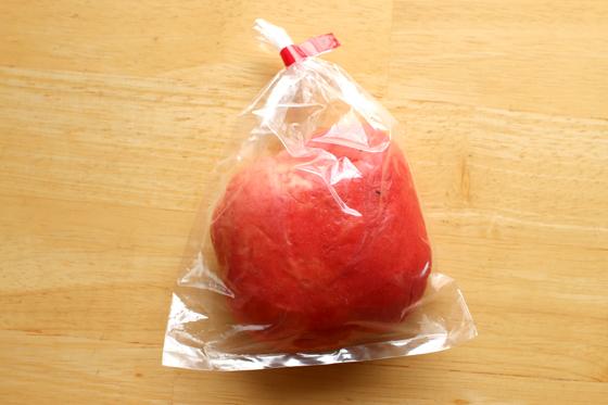 ※なんとも言えない不思議な見た目、リンゴのようなそうじゃないような。