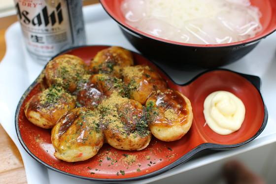 ※ひょうたん型のお皿がかわいい〜。