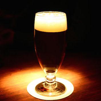 1日9時間半働く人にアル中リスク 酒飲みすぎでバカやガンになる