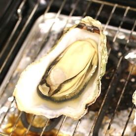 新宿の牡蠣フェスは貝好きトロかす天国 3月に旨味最高潮の牡蠣をジュジュウ焼いて、ビールで乾杯!!!