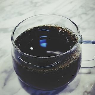 ブルーボトルコーヒーが食べログ評価「3.1」と苦戦中 ドトール、ベローチェにも敗北の理由は?