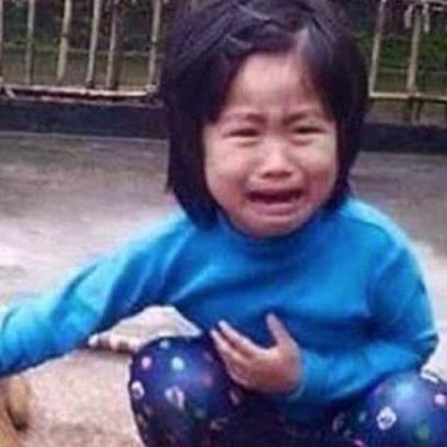 5歳の女の子、行方不明のワンちゃんを犬肉市場で発見 丸焼きの愛犬に号泣する姿が全世界で涙