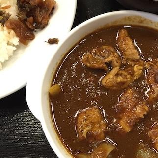 松屋 新メニュー「ごろごろ煮込みチキンカレー」はお肉がゴッツくて超美味い! 極上ルウで煮こんだホロホロ&ジューシーな鳥肉、ご飯に合いすぎて感激!!!!