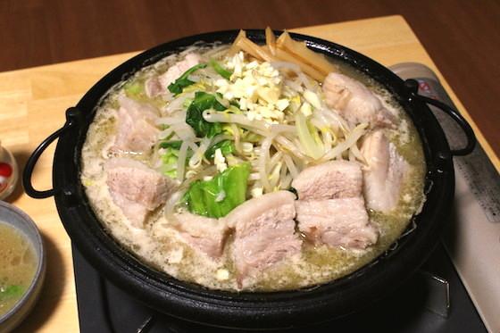 二郎風に作った天下一品スープベースのちゃんこは最高に美味い!