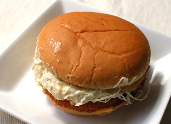 ハンバーガー業界では「エビ屋」と言われるほどにエビへのこだわりが強いロッテリアが、満を持しての新商品を。