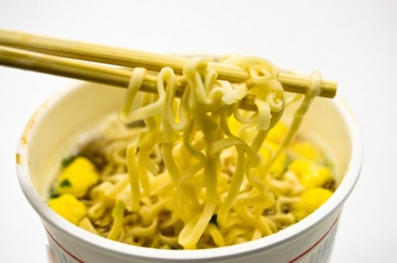 美味しいけと食べ過ぎると…さまざまな影響が。