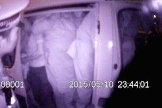 車の中はすし詰め状態、なかになんと51人もの人が乗っていたという。