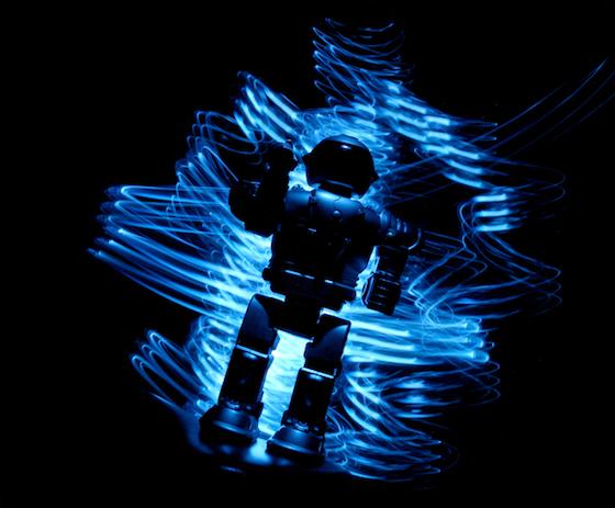 生放送でロボットが人類にF××K YOU!と宣戦布告 ターミネーターの世界、ついに到来と話題