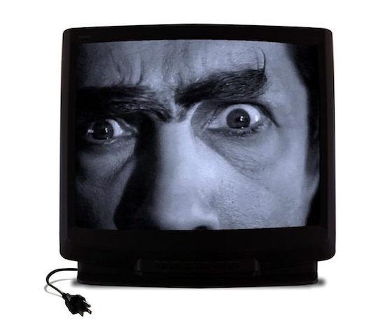 テレビよく見る人は、通常の半分の脳の処理速度…まじか!