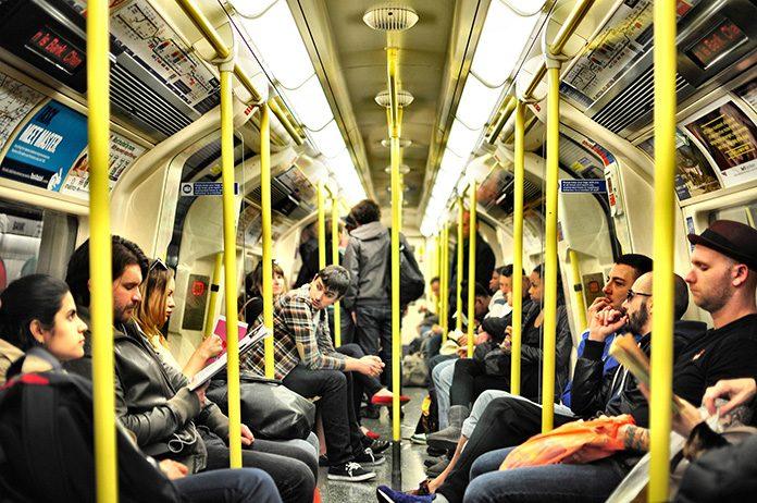 地下鉄イメージ