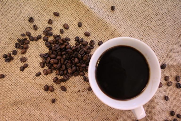 コーヒーは肝臓の味方 ポリフェノールで年末年始・忘年会シーズンの健康を